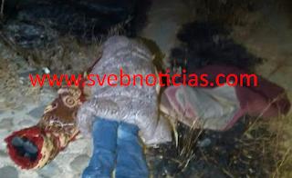 Dejan 2 hombres ejecutados y encobijados en carretera Acapulco-Zihuatanejo