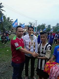 Haji Oma Tutup Turnament Budianto Cup