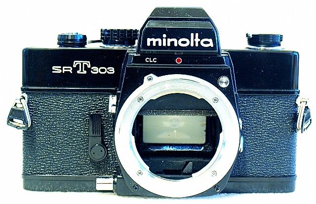 Minolta SRT-303, Front