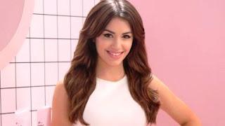 La ex de Mariano Martínez compartió dos partes de uno de sus últimos temas, que podrían ser dedicados a la actriz.