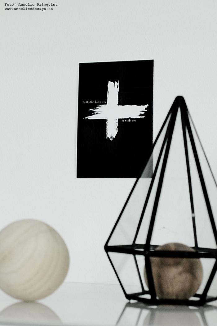 vykort, annelies design, webbutik, webbutiker, webshop, nätbutik, nätbutiker, nettbutikk, nettbutikker, kors, med text, kort, svart och vitt, svartvit, svartvita, konsttryck, tavla, tavlor, poster, posters, print, prints,