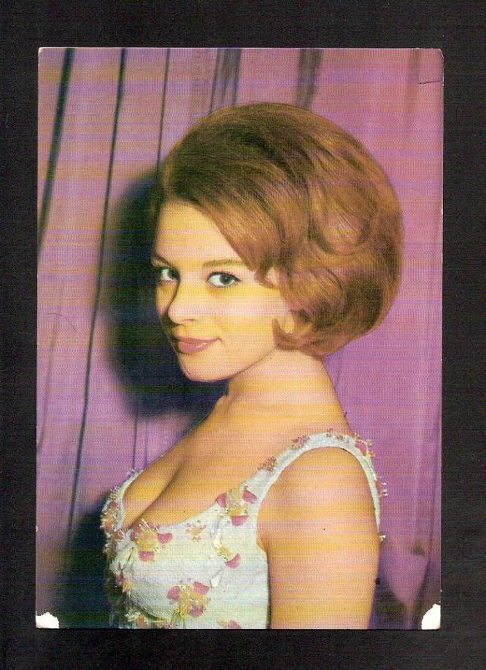 1960s Hairstyles - blondelacquer