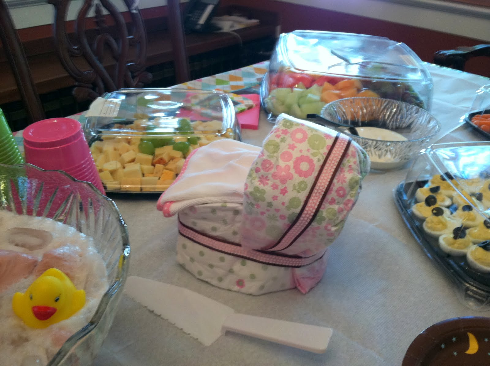 pinkie and the bean  office baby shower