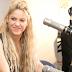 Shakira se convierte en la reina de Colombia, recibe Disco Platino por su más reciente álbum