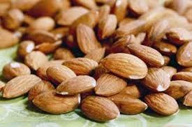 kacang walnut merupakan makanan yang menguatkan rambut