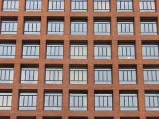 Alteraciones en las fachadas de un edificio en régimen de propiedad horizontal