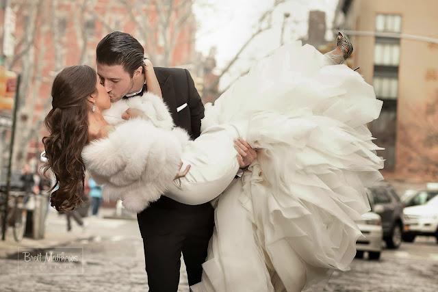 11155036_10153406919306756_3482360939680969741_o Mod. Arco di Farfalle per Laura e ClaudioColore Avorio Colore Bianco Tema Farfalle
