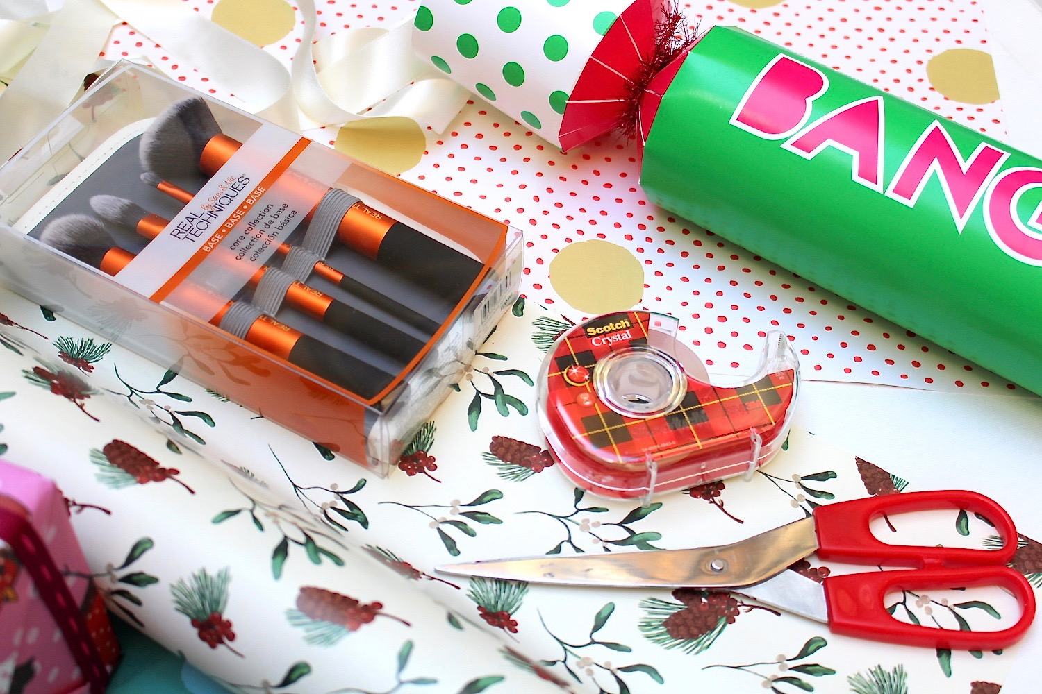 christmas beauty gift guide real techniques