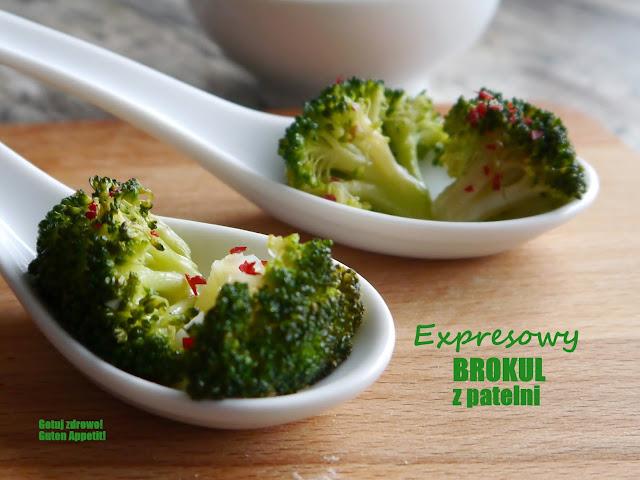Expresowy brokuł z patelni - Czytaj więcej »