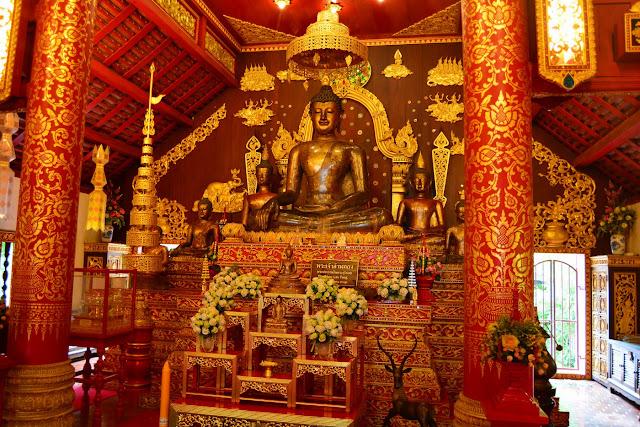Wat Phra Kaew bouddha doré