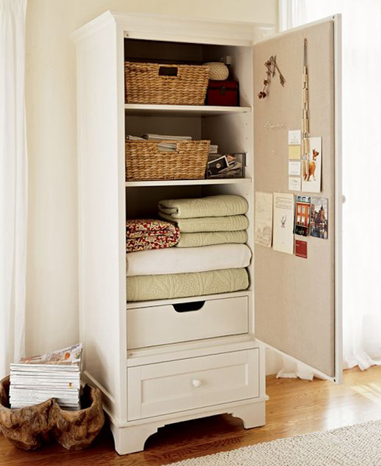 5 easy tips to help you organize your small closet at www.myparadissi.com