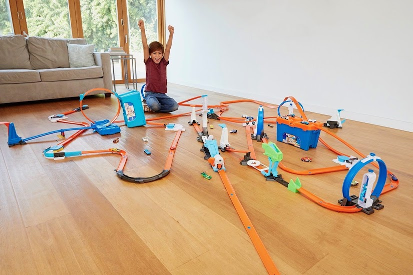 Caja de acrobacias Hot Wheels de Mattel