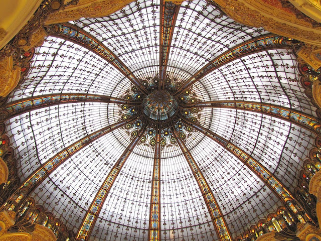 Glass dome, Galeries Lafayette, boulevard Haussmann, Paris