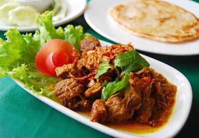 Tempat Makan Halal di Bangkok Home Cuisine
