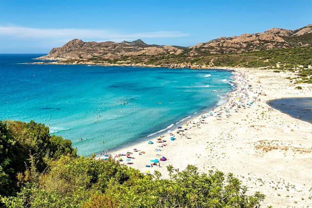 Book discounted flight tickets to Corsica