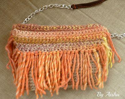 bolso de lana  hecho a mano con flecos