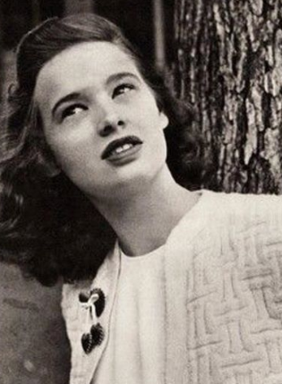 Gloria Vanderbilt children, son, age, spouse, net worth, mother, home, grandchildren, biography,   now, today, how old is, perfume, amanda jeans, paintings, documentary, vanderbilt, clothing, amanda stretch jeans, khakis, house, dress pants, art, parfum, website, books, jeans tall, mansion, stretch jeans, tops, jeans size chart, eau de toilette, the world of, carter vanderbilt cooper