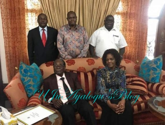 First Picture Of Robert Mugabe After Resignation Goes Viral On Social Media