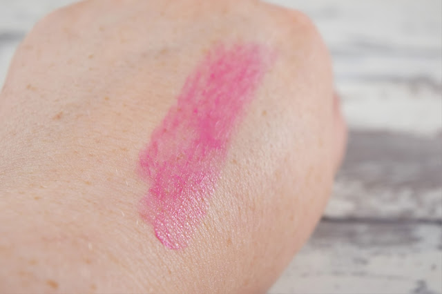Avon Shine Burst Gloss Stick in Fresh Fuchsia Swatch