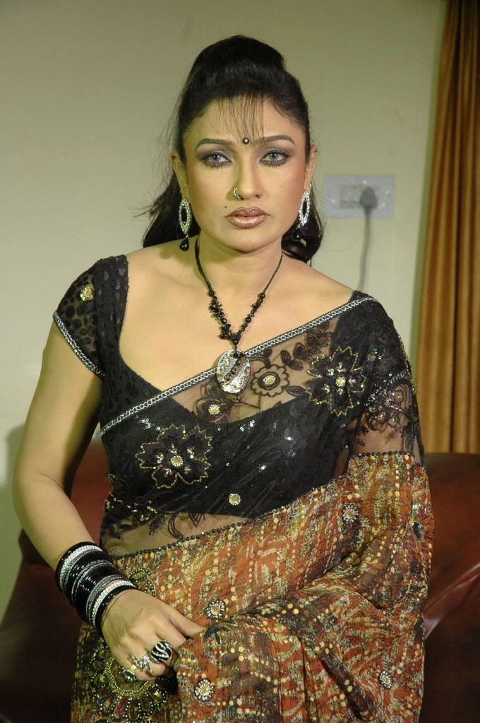 tollywood hot aunties