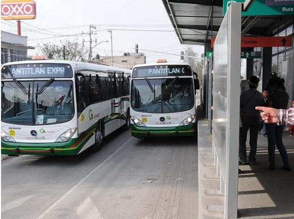 Transportes públicos para viajar