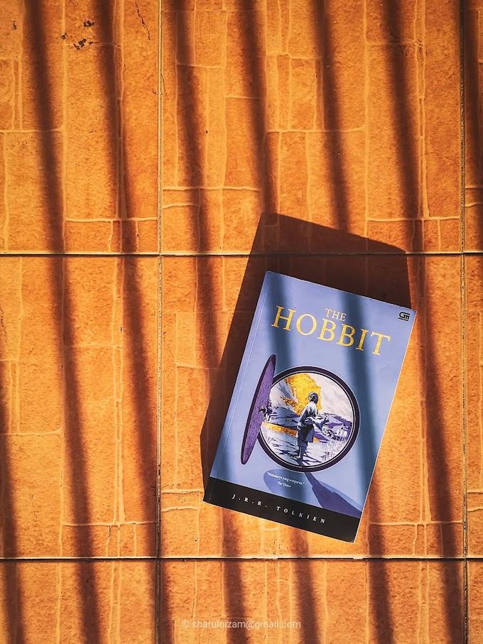 [Ulasan Buku] The Hobbit Oleh J.R.R Tolkien