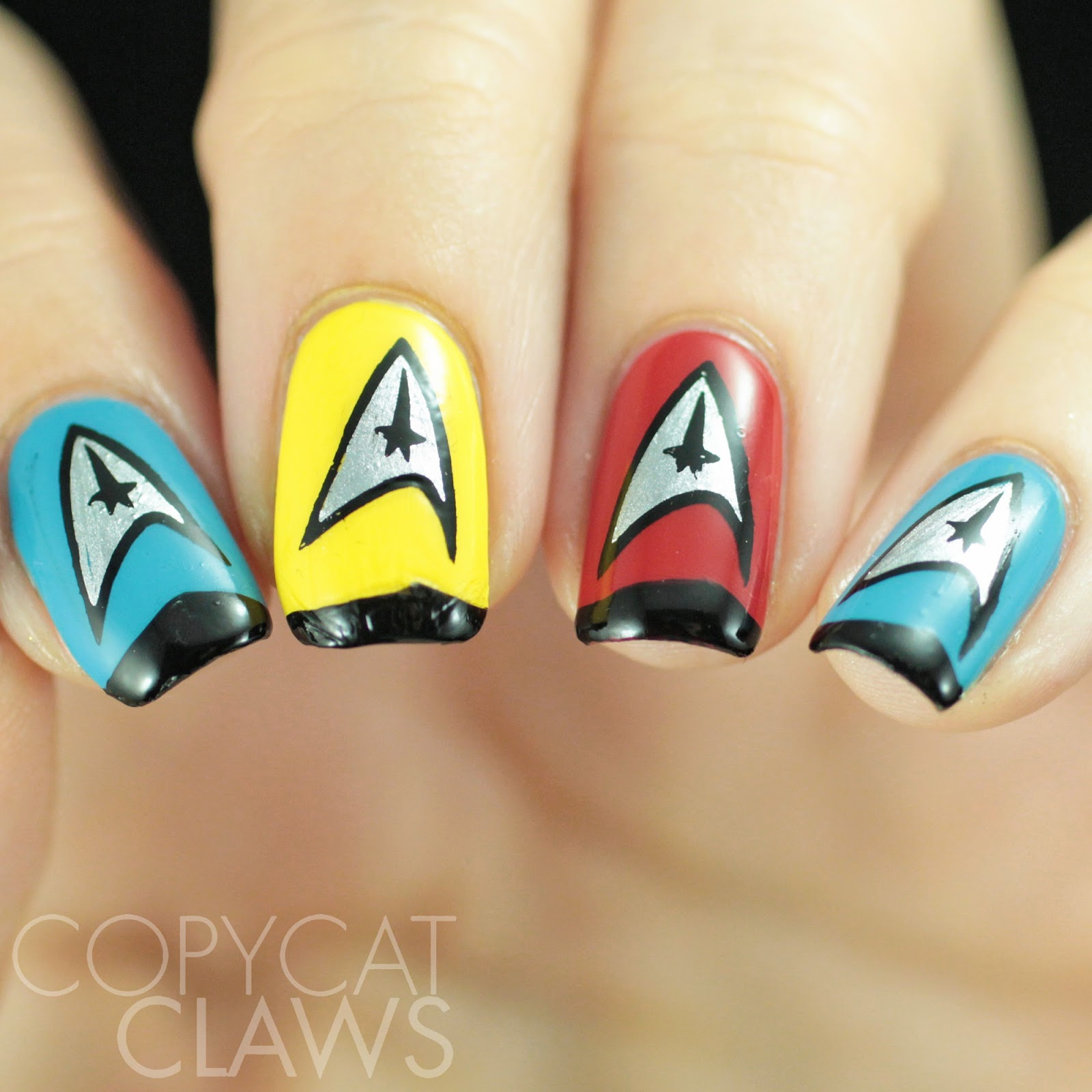Copycat Claws: The Digit-al Dozen does Futuristic: Star Trek Nails