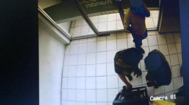 Waspada! Ini Modus Kejahatan di ATM Yang Sedang Marak Terjadi