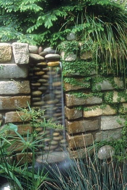 Home Design Ideas: Amazing Outdoor Water Walls For Your ... on Backyard Feature Walls  id=95033