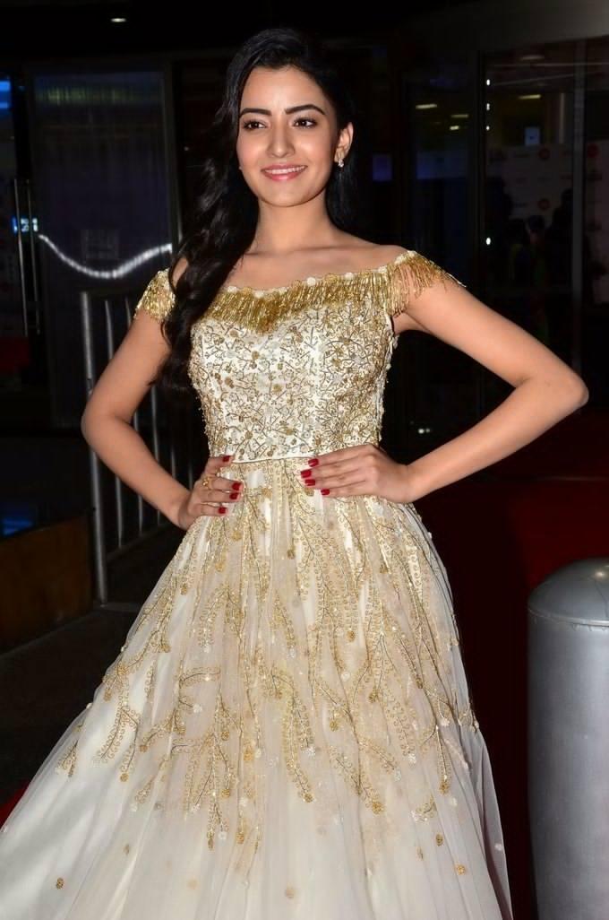 Rukshar Mir at Jio Filmfare South Awards 2017 Photos allcinemanews.com