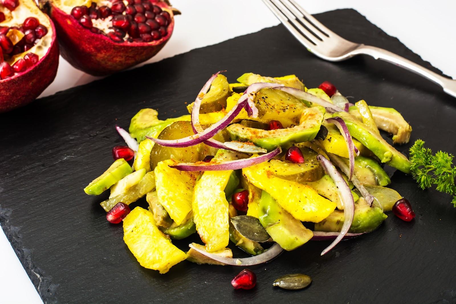 Запечена картопля з авокадо