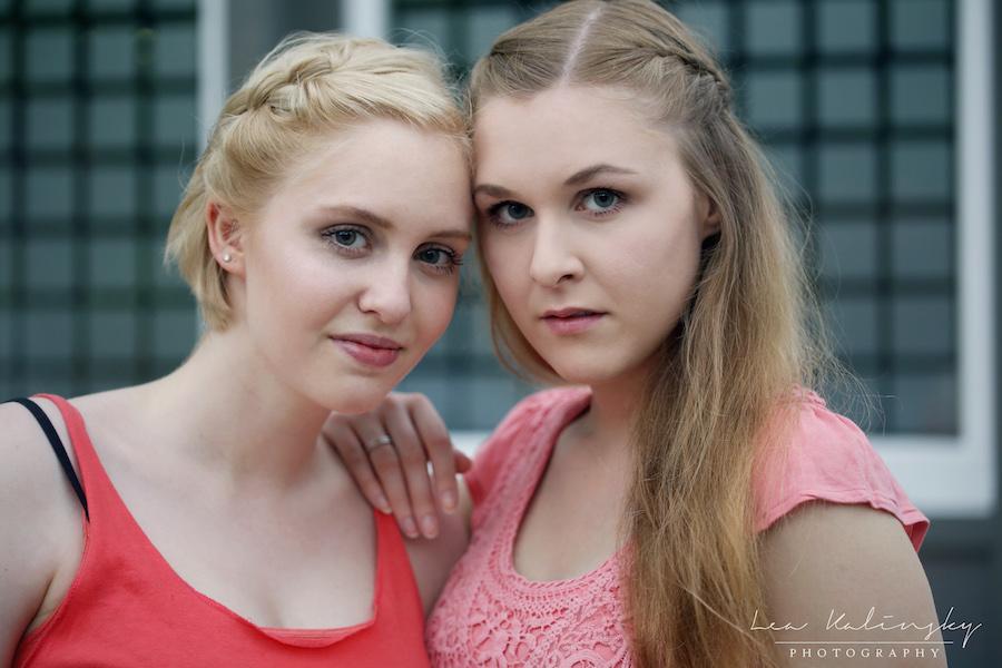 emotionales freundschaftsfoto von Mädels