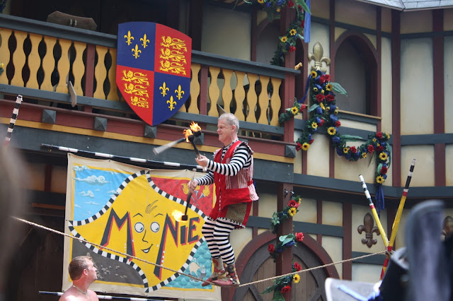 Moonie entertains at Bristol Renaissance Faire