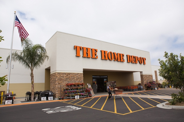 The Home Depot in Florida is here to help with your home improvement needs. Stop by at one of our Florida locations today.