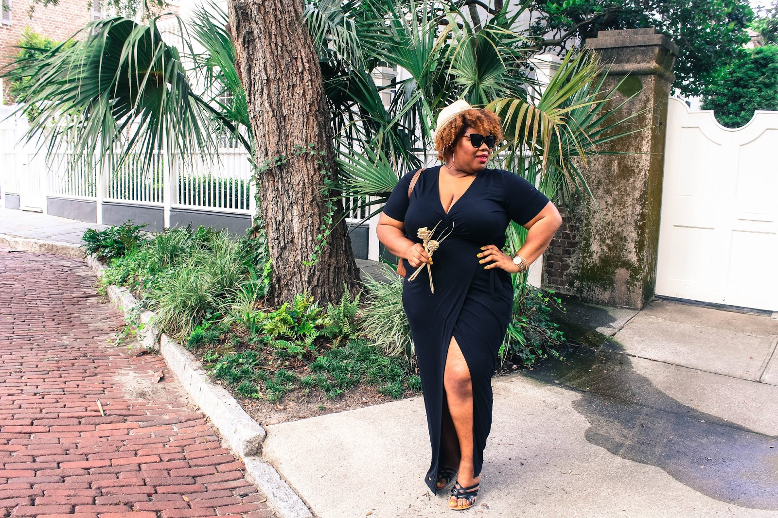 How To Style  A Black Maxi Dress for Summer