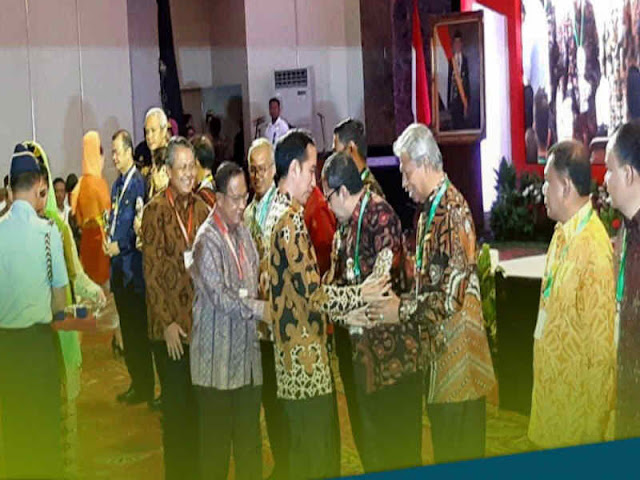 TPID Kota Ternate Terbaik se Indonesia, Burhan Abdurahman Terima Penghargaan