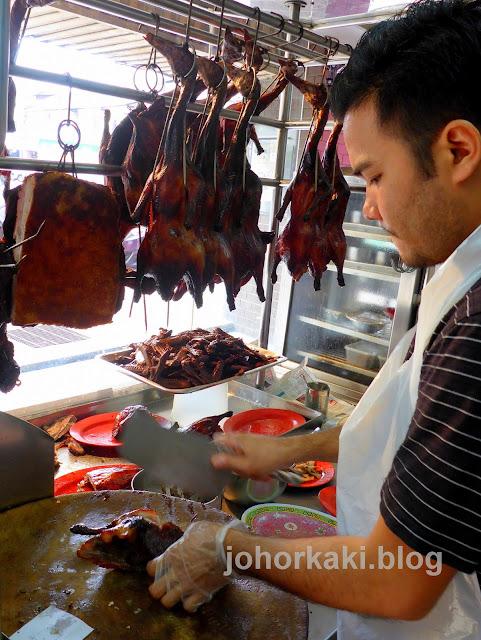 Ya-Wang-Herbal-Roast-Duck-鸭皇药材烧腊