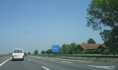 Дорожный знак Бельгия.