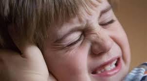 كم من الوقت يستمر وجود سوائل الأذن