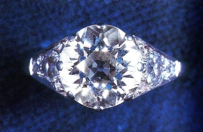 Queen Elizabeth S Engagement Ring