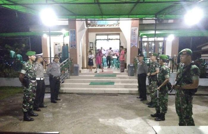 TNI, POLISI Jaga Ketat Misa Natal