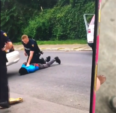 Video: New York police shoot unarmed black man, 22, in the face