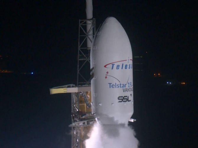 SpaceX rompe récords con su Falcon 9