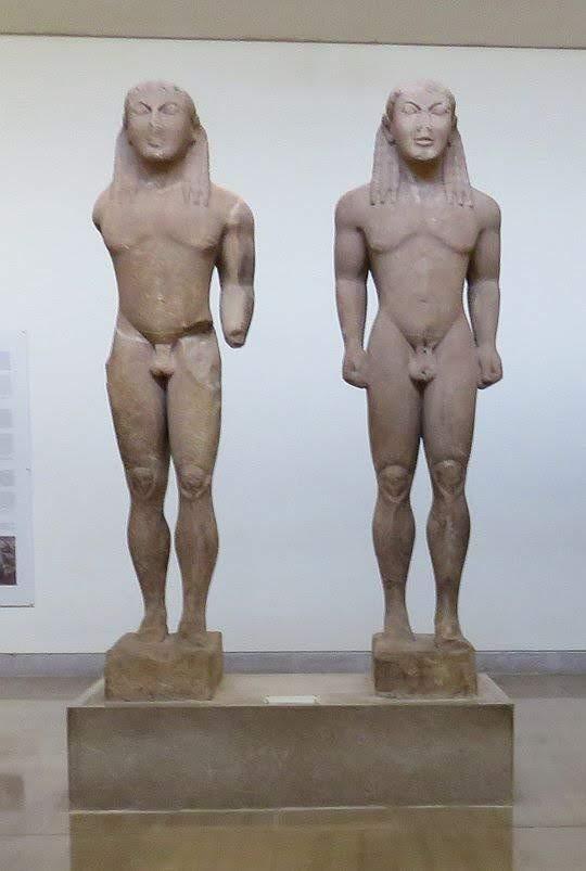 Posągi Kleobisa i Bitona (VII / VI w. p.n.e.).