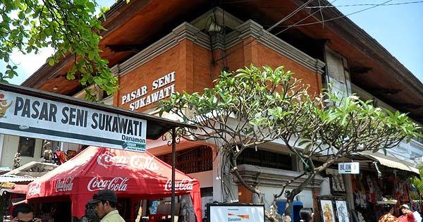 Pasar Sukowati Bali, Tempat Belanja Murah Barang Seni Di Bali