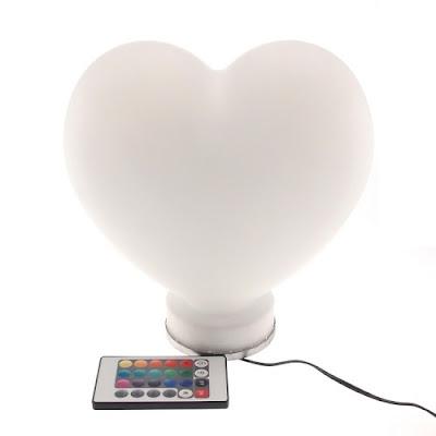 Luminária em formato de coração
