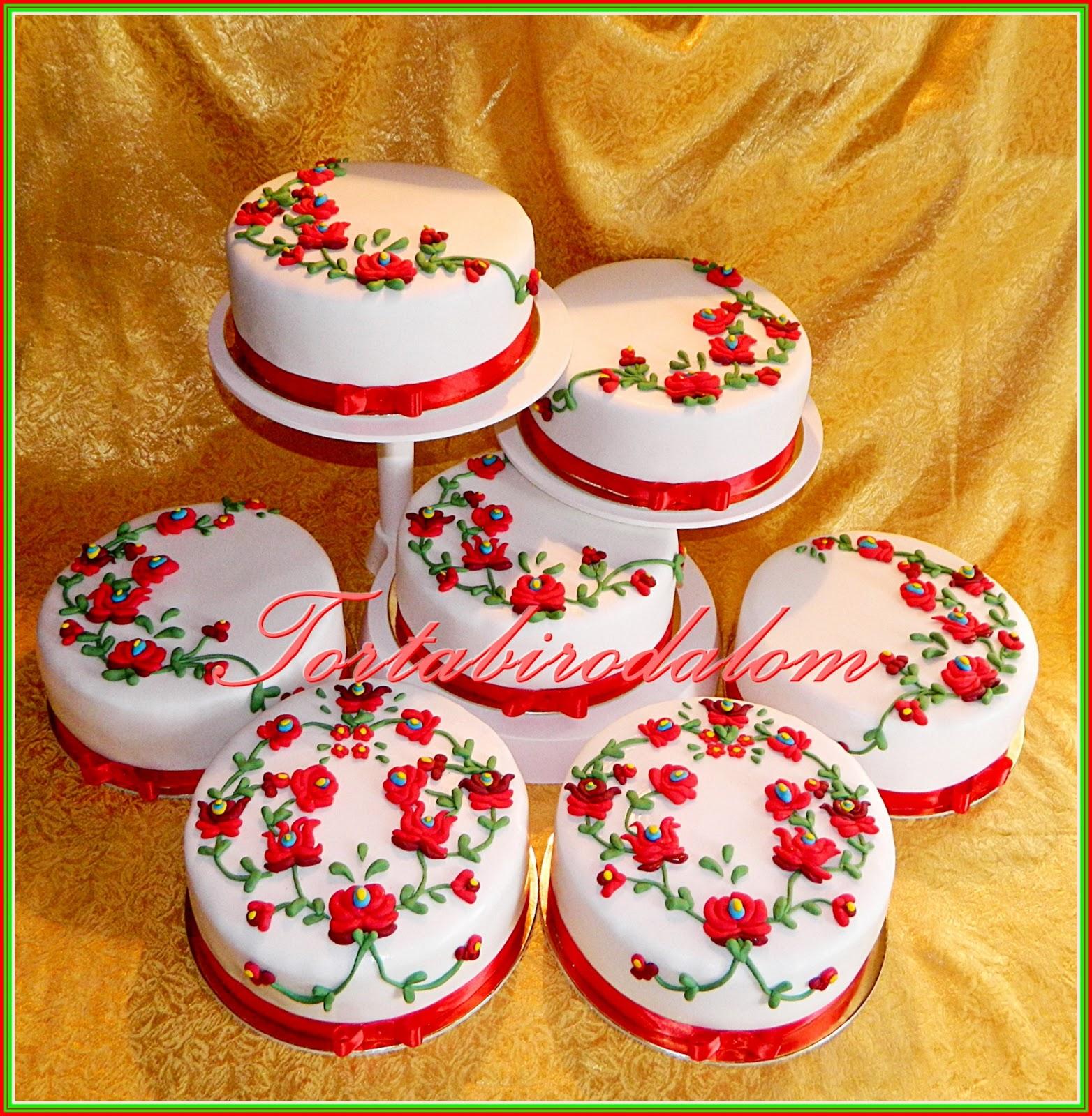 kalocsai mintás esküvői torta Kalocsai esküvői torta, ami matyó :) | Tortabirodalom kalocsai mintás esküvői torta
