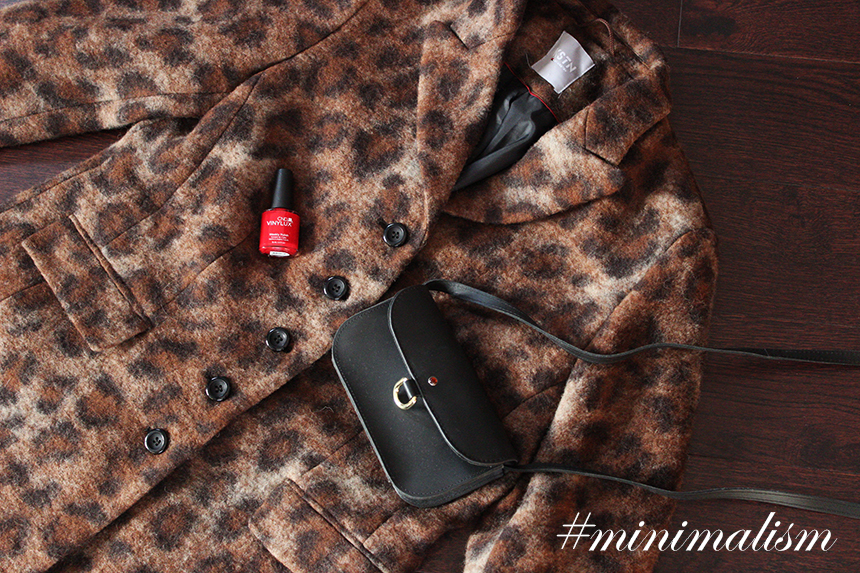 SimplyTheBest blog written and created by Ewa Sularz fashion style outfit lifestyle blog blogger simplythebest.co simplythebest.pl minimalizm minimalism rzygam basicami.