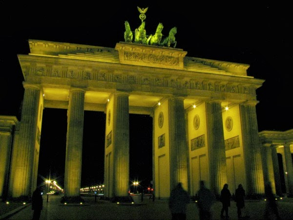 Brandenburger Tor Berlin Garnier Miracle Experience Event