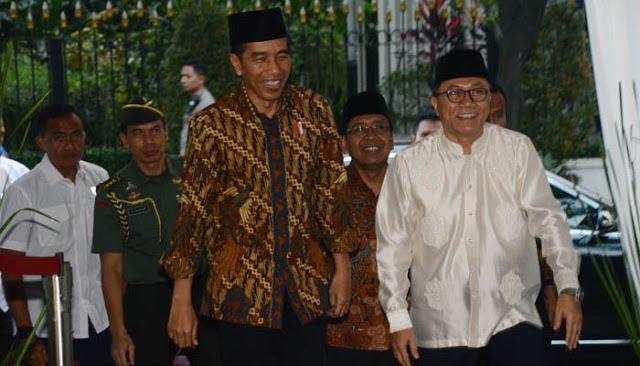 Sinyal Perubahan Arah Koalisi PAN dan Kode dari Jokowi